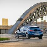 Prenovljena Astra le še z 1,5- (in manj) litrskimi motorji (foto: Opel)