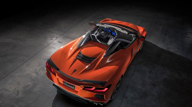 Chevrolet Corvette je prekinil še eno tradicijo (foto: General Motors)