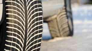Znate preveriti, ali so vaše (zimske) pnevamtike še primerne za zimo?