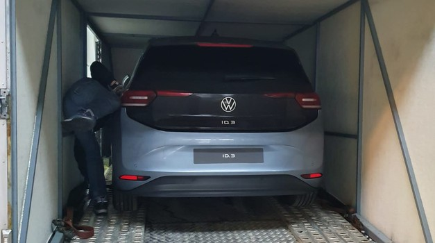 Ekskluzivno: V Slovenijo zapeljal prvi Volkswagen ID.3
