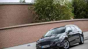 Kratek test: Ford Mondeo Titanium Hibrid Karavan