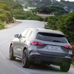 Novi GLA je zrasel, najbolj v višino (foto: Daimler AG)