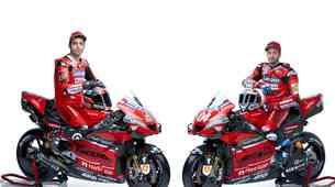 Ducati prvi predstavil dirkača in motocikel