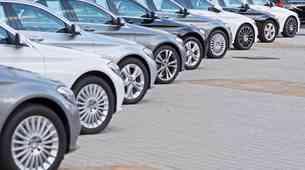 Prodaja novih avtomobilov v januarju močno upadla