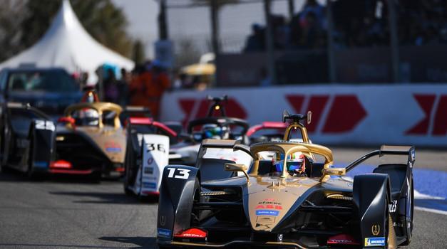 Sezona formule E z novimi prekinitvami (foto: FIA)