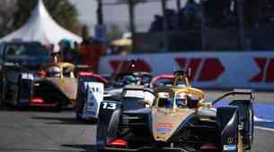 Sezona formule E z novimi prekinitvami