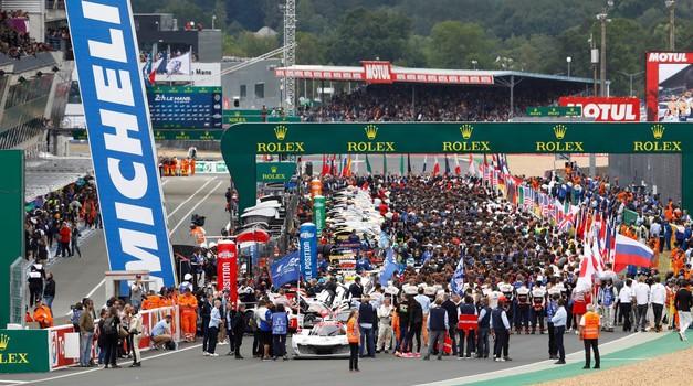 Po odpovedi Isle of Man TT prestavljena še dirka za 24 ur Le Mansa (foto: Porsche)