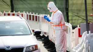 Se znate zaščititi pred koronavirusom tudi v svojem avtu - in mu pri tem ne škodovati?
