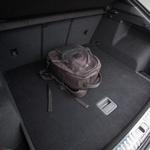 Zdi se, da zaradi drugače oblikovanega zadka prostornost prtljažnika ni trpela. (foto: Saša Kapetanovič)
