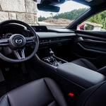 S kakovostjo kabine se Mazda želi približati premijskemu razredu. (foto: Saša Kapetanovič)