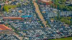 Nemški avtomobilski lobiji trkajo na vrata Merklove - prihodnost nekaterih negotova