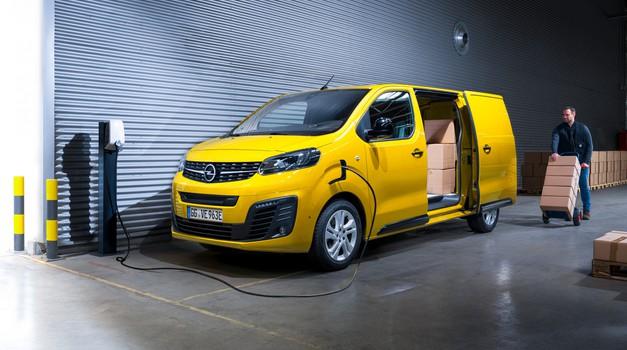 Več kot 300 kilometrov električne avtonomije za Opel Vivara-e (foto: Opel)