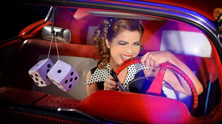 »Če bi se lahko, bi se naokoli vozila s Patrio« (foto: Boštjan Tacol)
