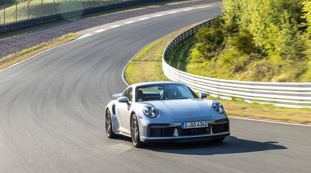 Obeta se povratek velikih motorjev (foto: Porsche)