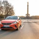 Po približno 337 kilometrih je konec – potem potrebujete polnjenje. Opel ponuja skoraj vse možnosti, vključno s hitrim polnjenjem do 100 kW. V pol ure je baterija napolnjena do 80 odstotkov. (foto: Dani Heyne)