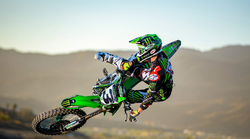 Monster Energy Supercross: premor najbolje izkoristil Tomac (video)