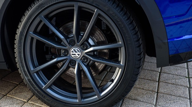 Volkswagen z milijardno naložbo v startup za razvoj avtonomnih vozil (foto: Profimedia)