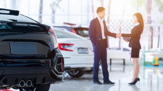 Velik padec prodaje avtomobilov v Sloveniji. Strokovnjaki: negotovost ostaja! (foto: Profimedia)