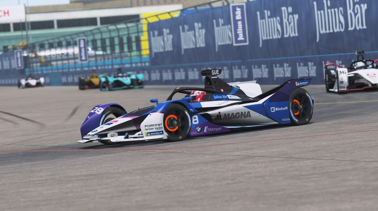 Kevin Siggy pričakovano do naslova prvaka Formula E  Race at Home Challenge (foto: BMW)