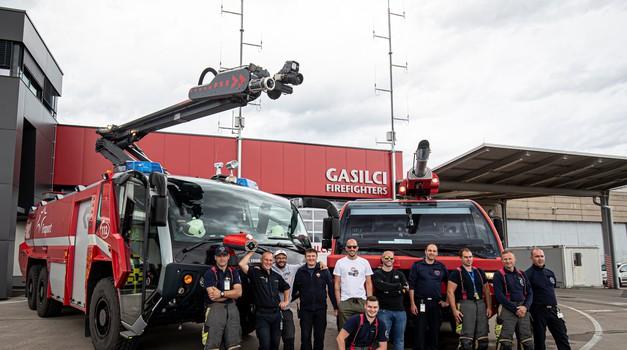 "(Video) Gasilci Atmosfercem zaupali 700-""konjskega"" Pantherja! (foto: Uroš Modlic)"