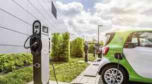 Vse o električnih avtomobilih in zakaj je prav sedaj pravi čas za njihov nakup