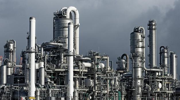 Naftni lobij rešitev za prihodnost vidi v sintetičnih gorivih (foto: Profimedia)