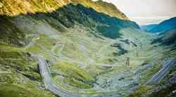 Ideja za izlet? To so najboljše ceste doma in po svetu (reportaža)