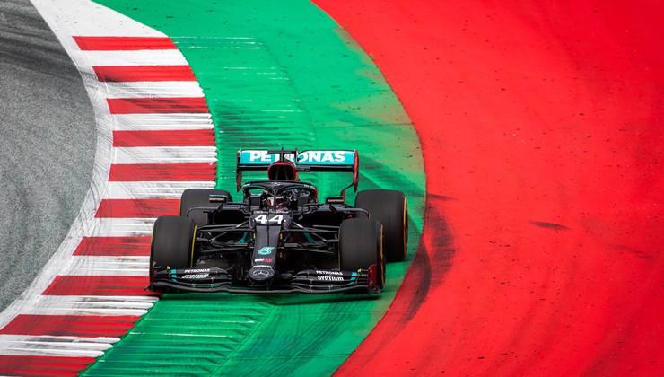 Formula 1 je tu, komu pred prvo dirko kaže najbolje?