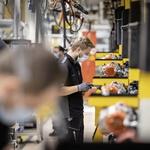 Aktualno Spremembe v avtomobilski industriji - Pandemija ali ekonomija (foto: Mercedes-Benz Ag - Global Commun)