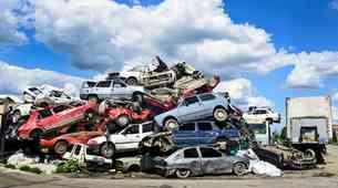 Srbija zaostruje zakonodajo, s cest vsak 20. avtomobil