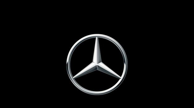 Mercedes-Benz se vrača v razred 'aktivnih' enoprostorcev (foto: Daimler)
