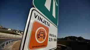 V sedmih mesecih 34-odstotni upad prodaje vinjet