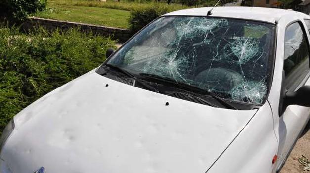 Za cenitev avtomobilskih škod tudi mobilne cenilne enote (foto: Rasto Božič/STA)