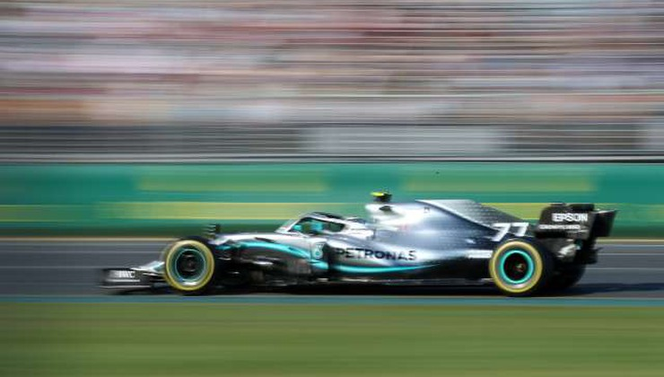 Finski dirkač Valtteri Bottas podaljšal pogodbo z moštvom Mercedes