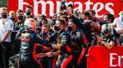 Formula 1, VN 70 let F1 - Red Bull ujel Mercedes na napačni nogi