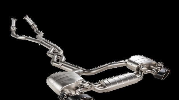 Akrapovič izboljšal dihanje tudi najmočnejšima Audijevima RS-oma (foto: Akrapovič)