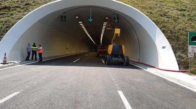Prva faza obnove predora Golovec pri koncu - kdaj bo ponovno odprt? (foto: DARS)