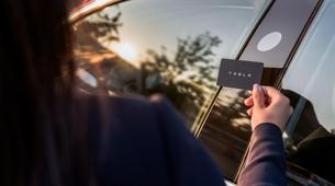 (Novo v Sloveniji) Preverite, kje lahko od danes naprej v Ljubljani kupite nov avtomobil znamke Tesla