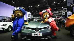 Leto 2020 vendarle ne povsem brez avtomobilskih salonov
