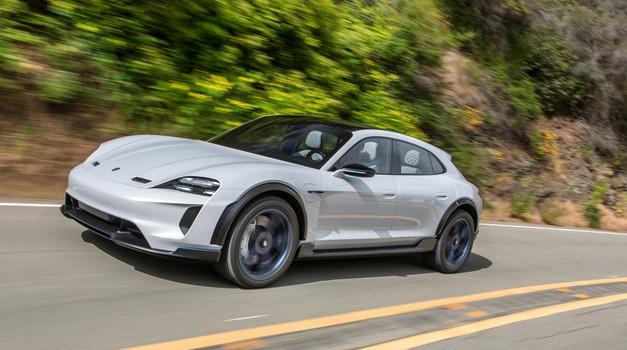 Tu je razlog za zamudo še druge izvedbe Porsche Taycan-a (foto: Porsche)