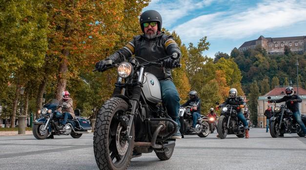 (Brkata) ugledna gospoda tudi letos na motorje v boju proti raku (foto: Ivo Pogorelčnik)