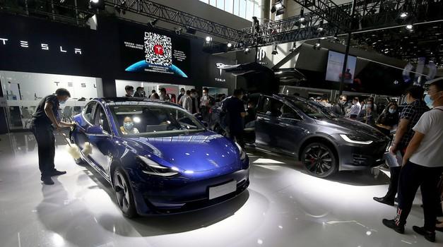 Tesla v tretjem četrtletju precej okrepil dobavo vozil (foto: Profimedia)