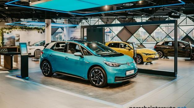 Porsche Inter Auto - Tu so prve električne novosti, a veliko več jih je na poti! (foto: Porsche Inter Auto)