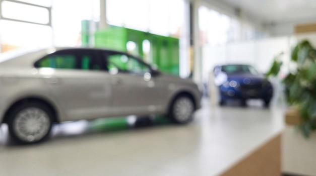 Prodaja novih vozil ostaja v rdečem, Clio spet na vrhu (foto: Profimedia)