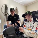 Petter Solberg že zdaj z veseljem pomaga svojemu sinu Oliverju. (foto: Skoda Motorsport)