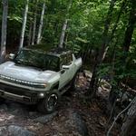 Premiera - električni Hummer je tu, vojaška tehnologija prihaja tudi na ceste (foto: General Motors)