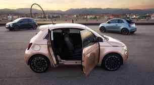 Premiera: Fiat 500 dobiva nova vrata - a zgolj ena