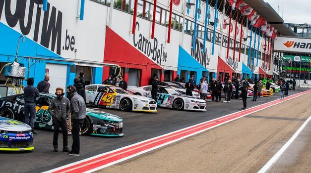 Serija NASCAR prihaja tik za slovensko mejo in to še letos! (foto: Nascar)