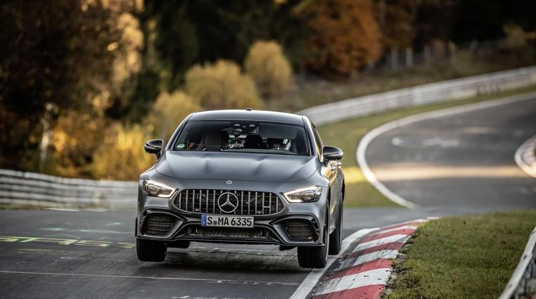 Mercedes-Benz napadel Nürburgring, tu je že prvi rekord (foto: Daimler)