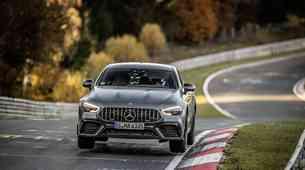 Mercedes-Benz napadel Nürburgring, tu je že prvi rekord